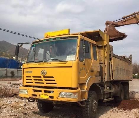 西安垃圾清运公司--西安渣土车